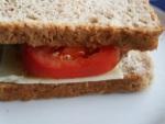 Tomaten-Käse-Brot