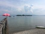 Blick von Gstadt am Chiemsee auf die Fraueninsel