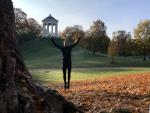 springen im Englischen Garten