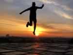 Sprung in den Sonnenaufgang